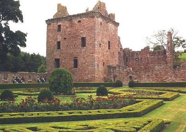Edzell Castle, Angus & Dundee copyright Anne Burgess
