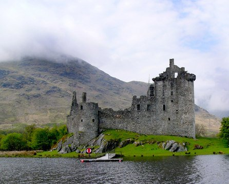 Kilchurn Castle, Argyll & Bute copyright Peter Gordon