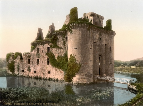 Caerlaverock Castle, Dumfries & Galloway - Wikimedia Commons