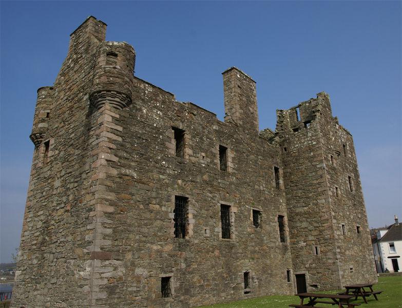 McLellan's Castle, Dumfries & Galloway - Wikimedia Commons