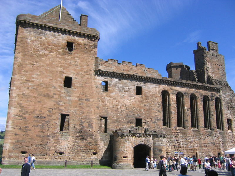Linlithgow Palace, Edinburgh & The Lothians copyright Alistair McMillan