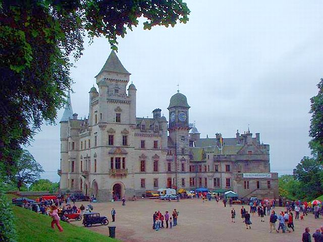 Dunrobin Castle, Scottish Highlands copyright Dorcas Sinclair