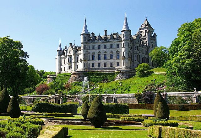 Dunrobin Castle, Scottish Highlands copyright Jack Spellingbacon